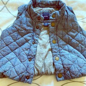 Baby Gap Puffer Vest 12-18 months unisex